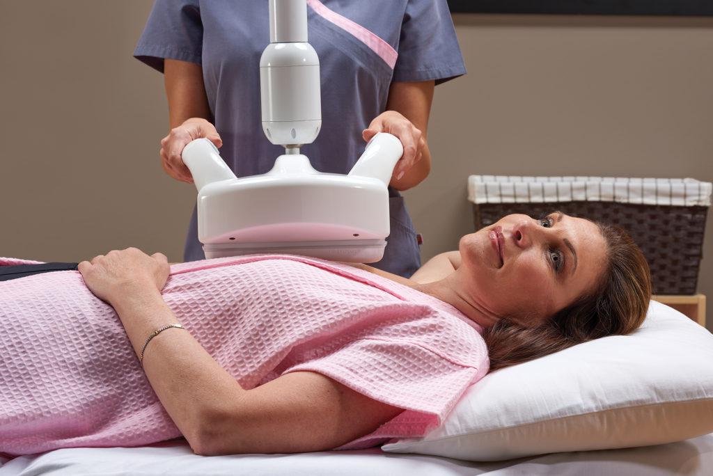 Rintojen 3D-ultraääni